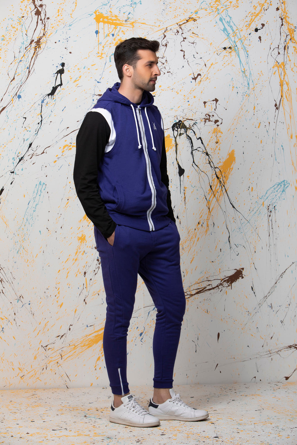 Sleeveless Blue Tracksuit