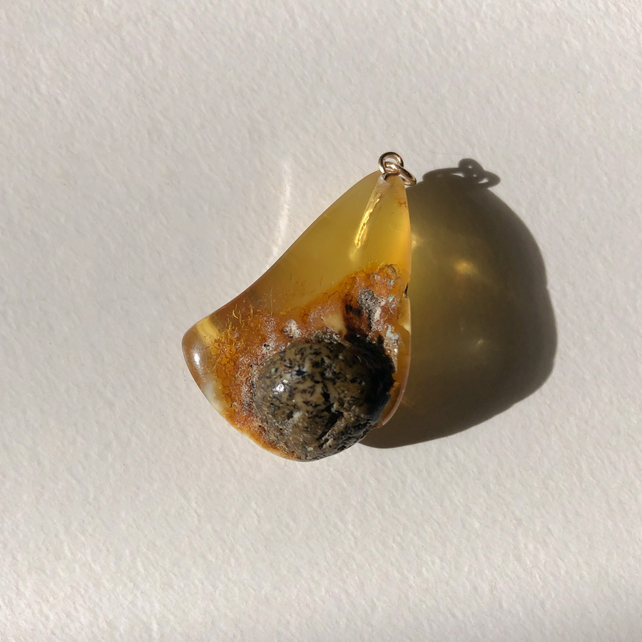 N·013 Raw Edit Cognac Amber pendant