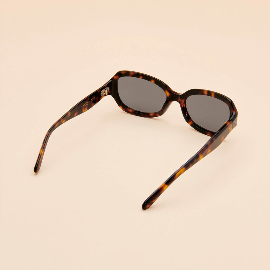Andalucia | Musk Acetate | Dried Thyme Lens