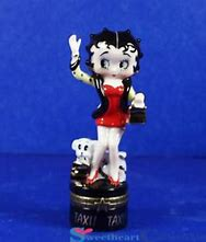 Betty Boop Hailing Taxi Porcelain Hinged box   Limited  Edition