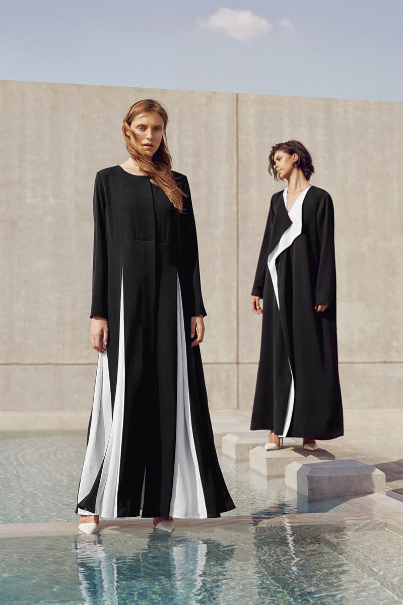 COAT ABAYA WITH CONTRAST SLITS