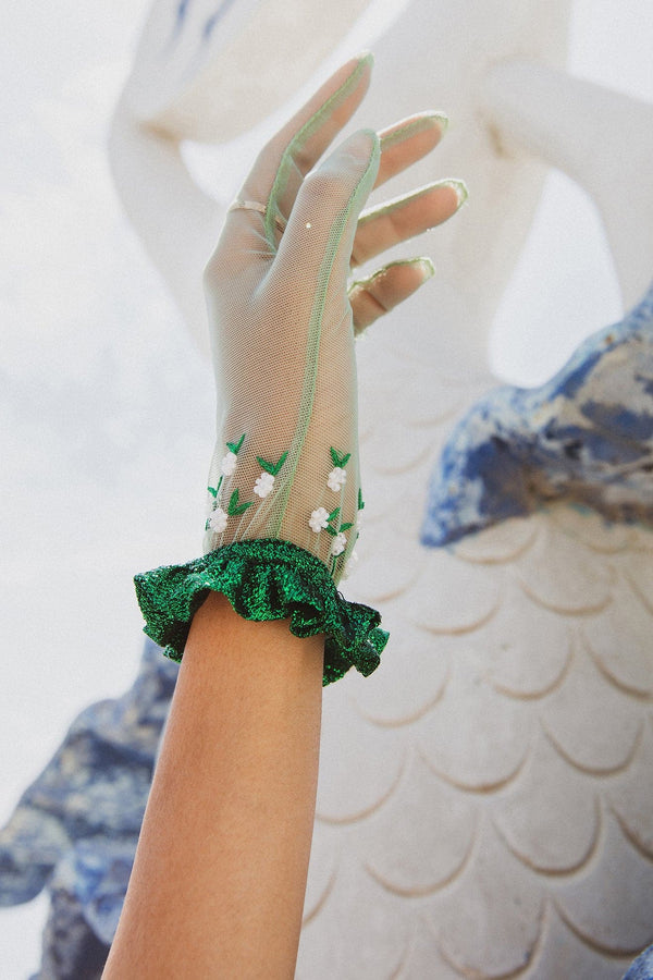 Green Tulle Short Gloves With Beading Ruffles - Maison Orient