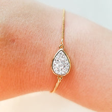 Load image into Gallery viewer, The Gold Ailine Bracelet