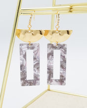 Load image into Gallery viewer, Emily Earrings