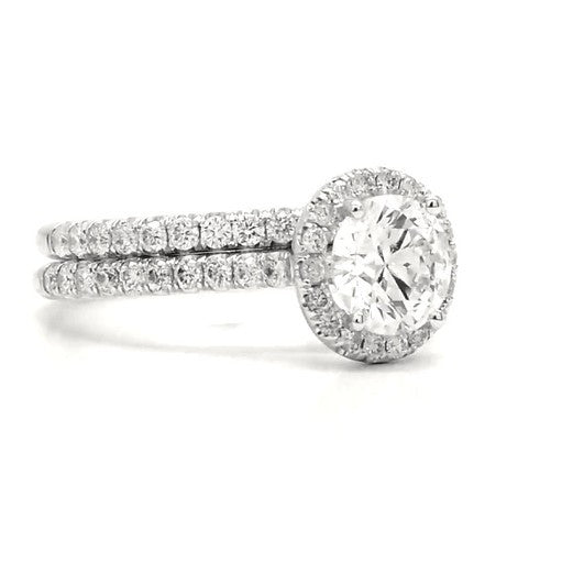 Celeste - Classic Pavé Round Halo Bridal Ring Set