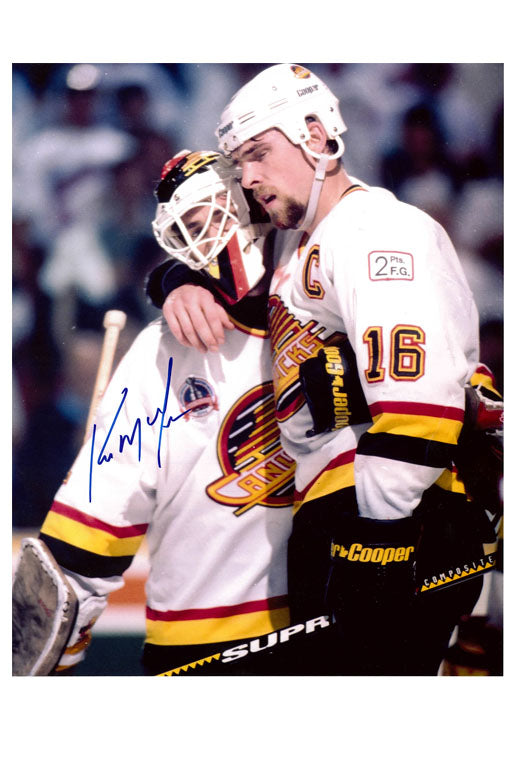 Vancouver Canucks Kirk McLean Autograph 8x10 Photo