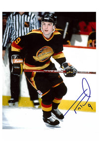 Vancouver Canucks Tony Tanti Autograph 8x10 Photo