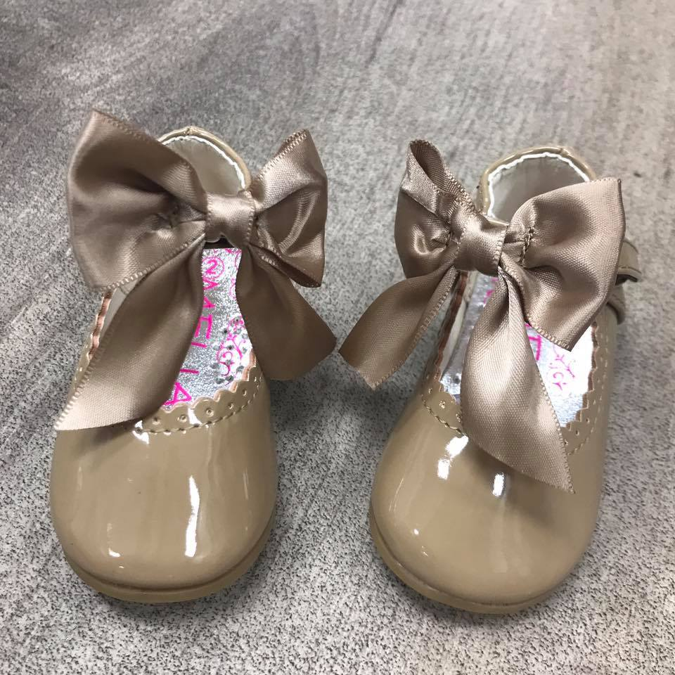 Camel Kylie Bow Shoe