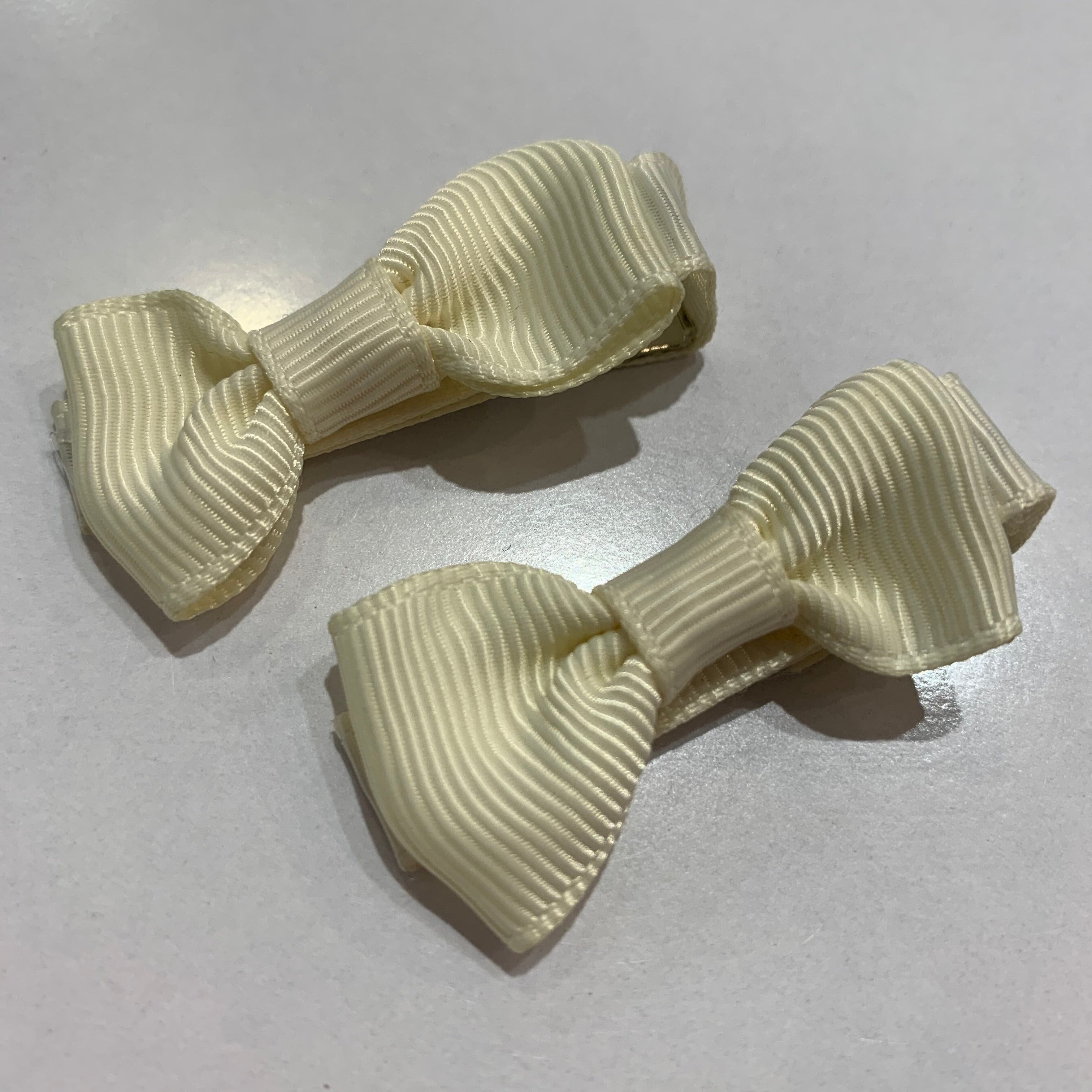 Mini Bow Clips - Pair of Cream