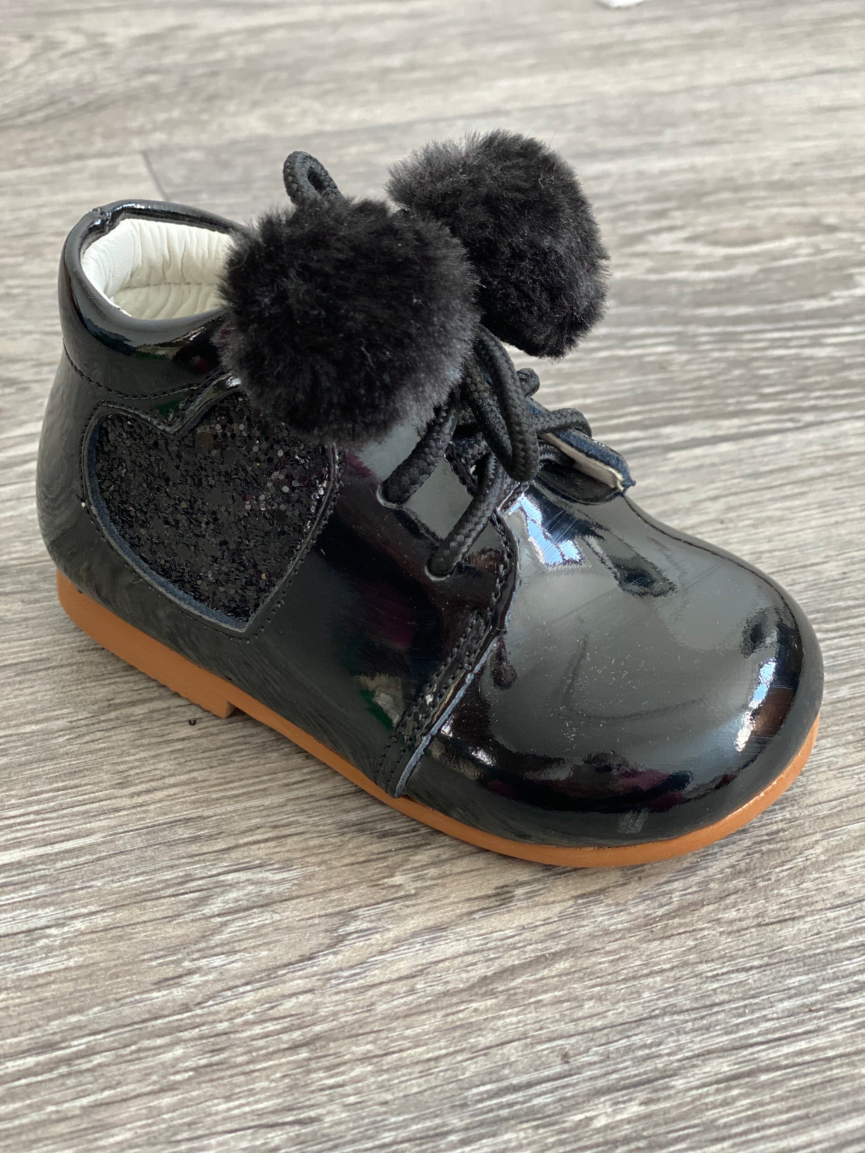 Couche Tot Poppy Pom Pom Boot Black