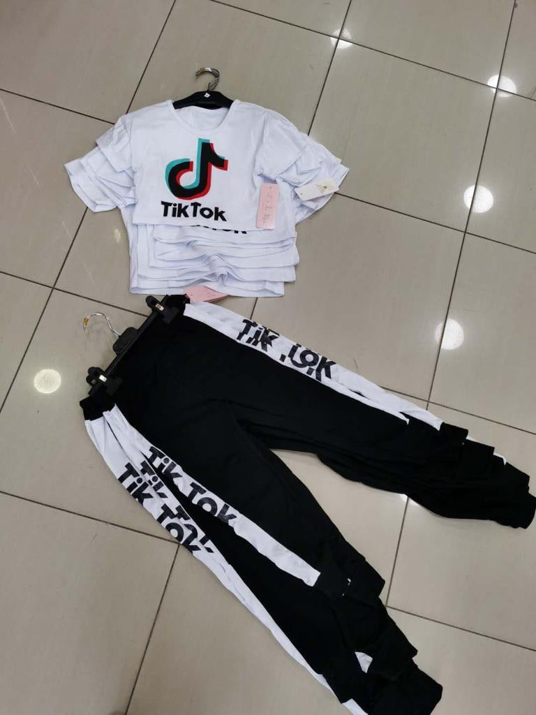 Tik Tok Jogger Set White