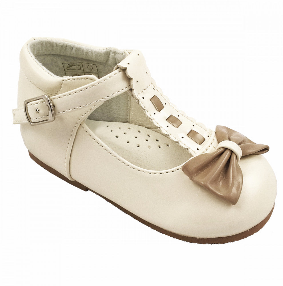 Special Offer Emily Cream/Camel Bow Shoe