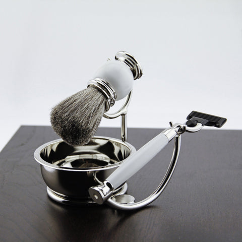 Mach 3 Razor Badger Brush Soap Dish on Chrome Stand