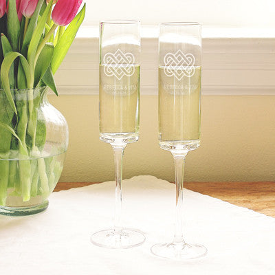 Personalized Celtic Knot 8 oz. Contemporary Champagne Flutes