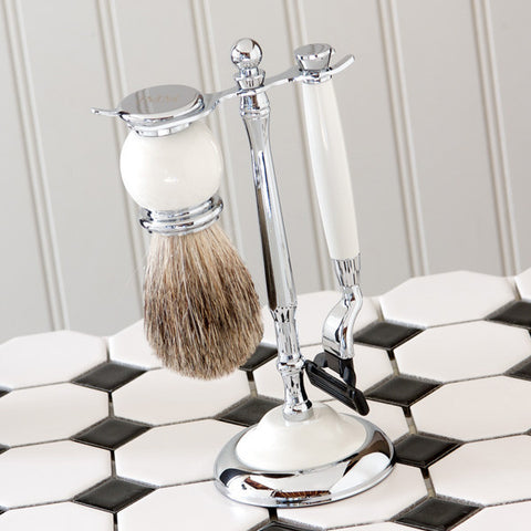 Traditional Shaving Set with Mach3 Razor