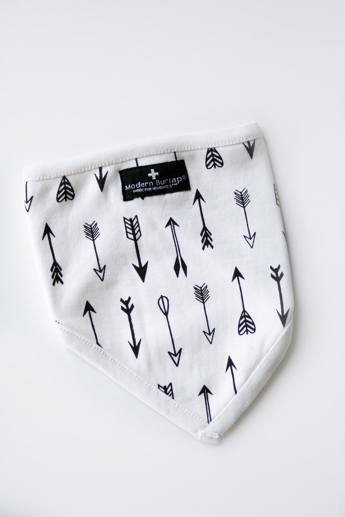 Arrows Bib