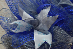 winter wreath, Christmas wreath, Blue holiday wreath