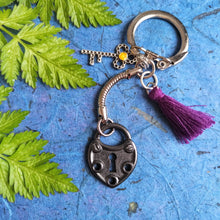 Load image into Gallery viewer, Liberty Violet-Unlocked keyring