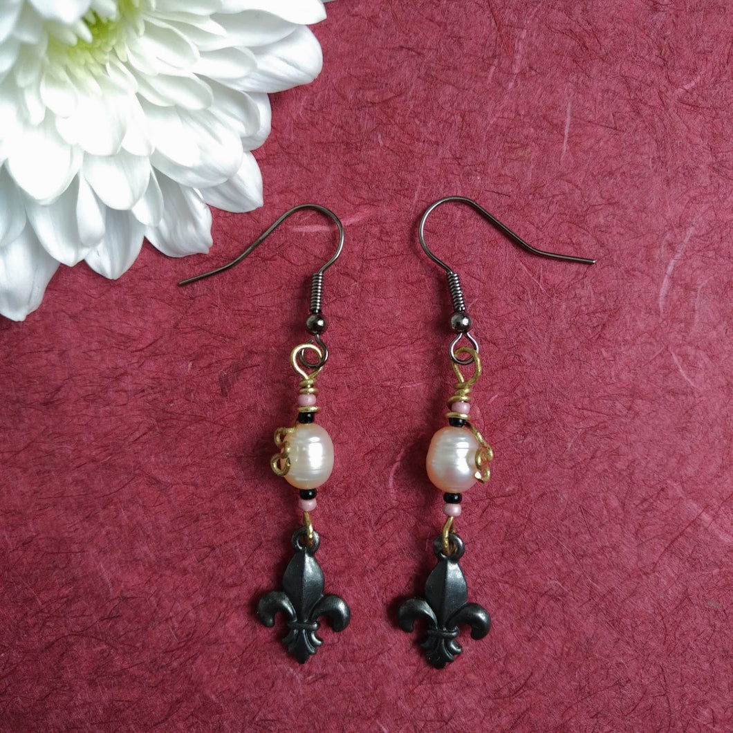Pearl of Versailles earrings