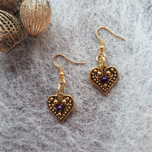 Load image into Gallery viewer, Regal Heart earrings