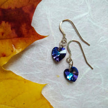 Load image into Gallery viewer, Violet Heartbeats earrings