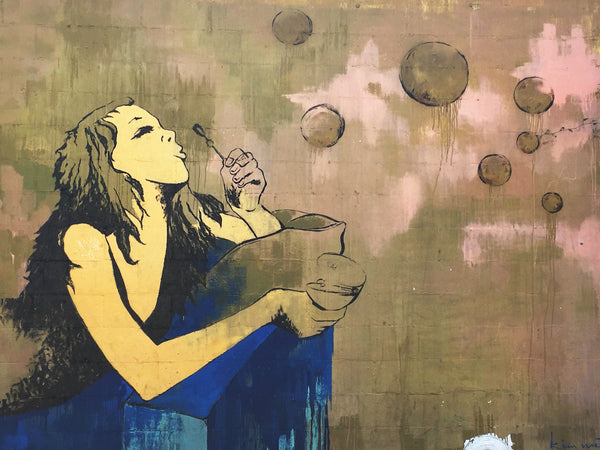 LA street art mural Bubbles by Kim West