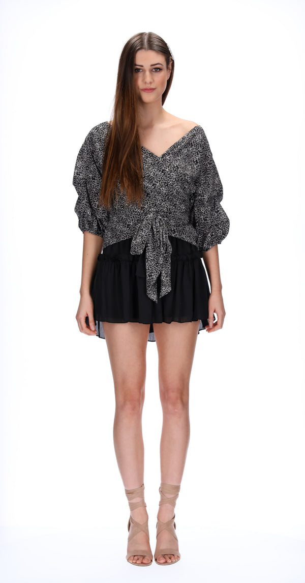 ADDI WRAP TOP - BLACK PAISLEY