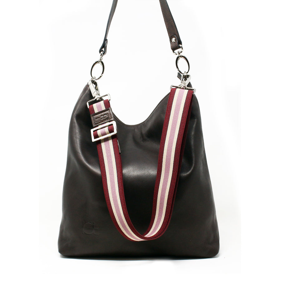 Leather Bag  Busta handmade with an elastic shoulder strap - borsa in pelle con tracolla elastica