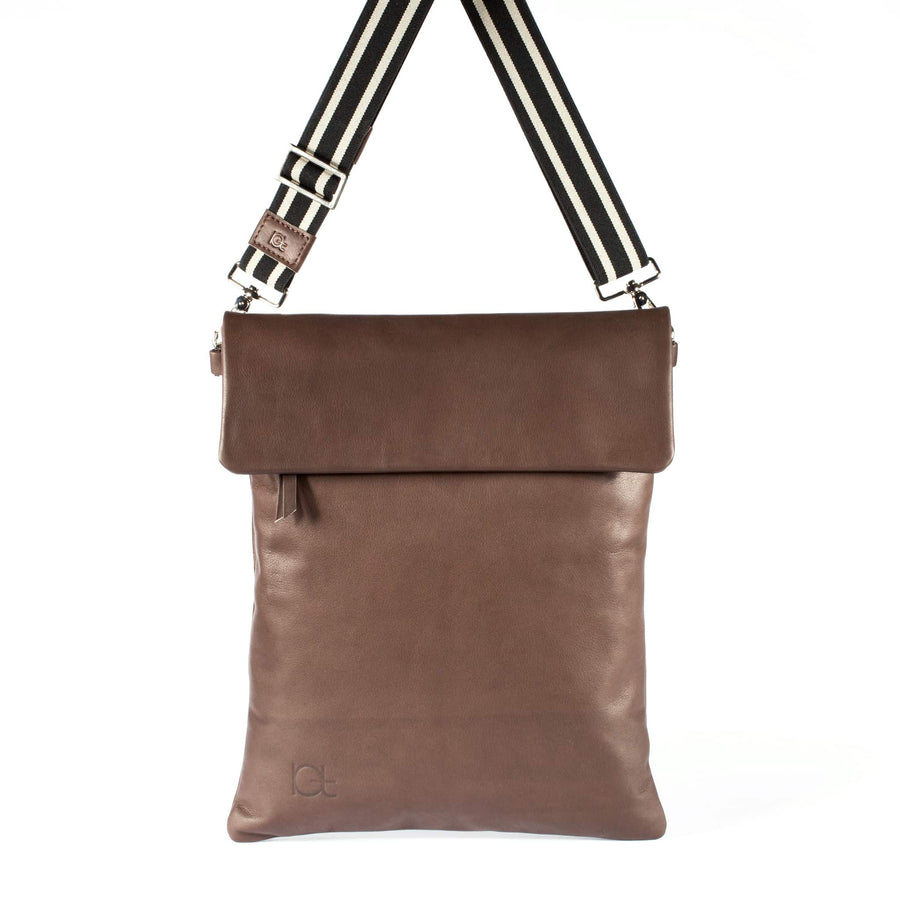 Leather Bag  Borsa Zaino choko handmade with an elastic shoulder strap