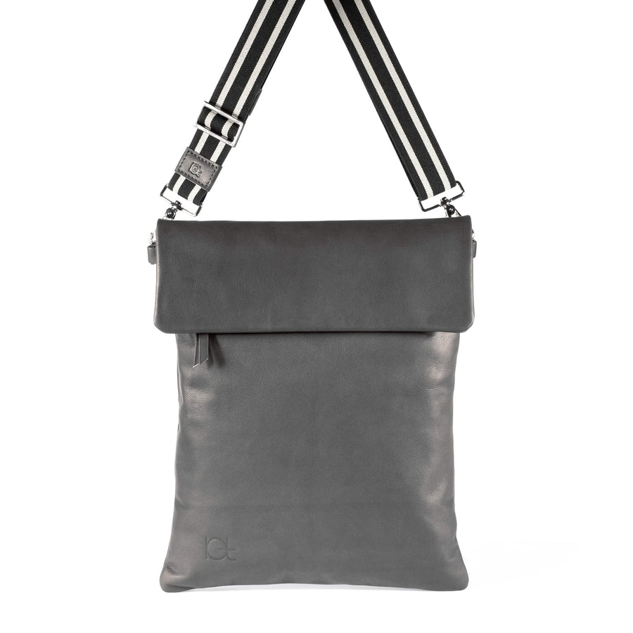 Leather Bag  Borsa Zaino fumo handmade with an elastic shoulder strap