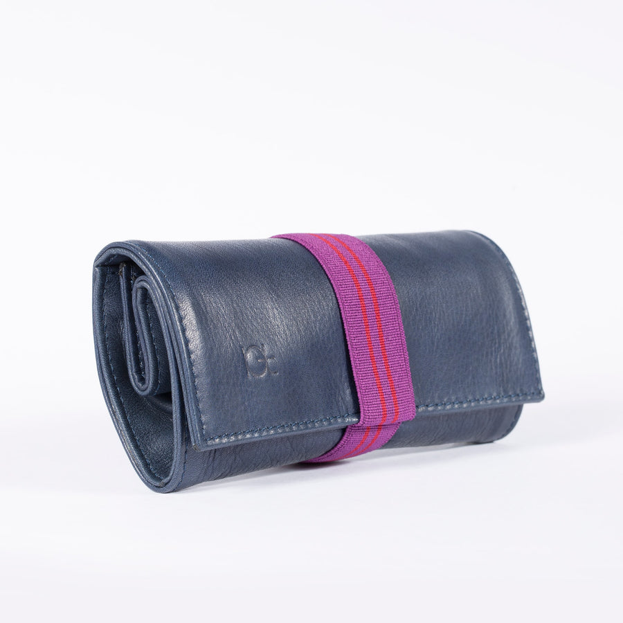 Astuccio color blu with elastic ribbon