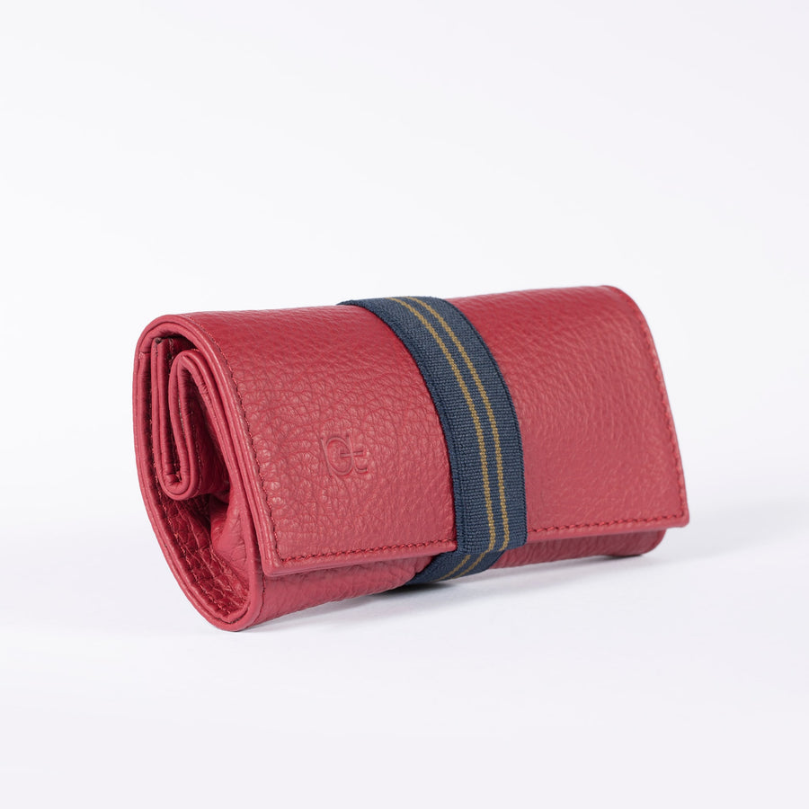 Astuccio color rubino with elastic ribbon