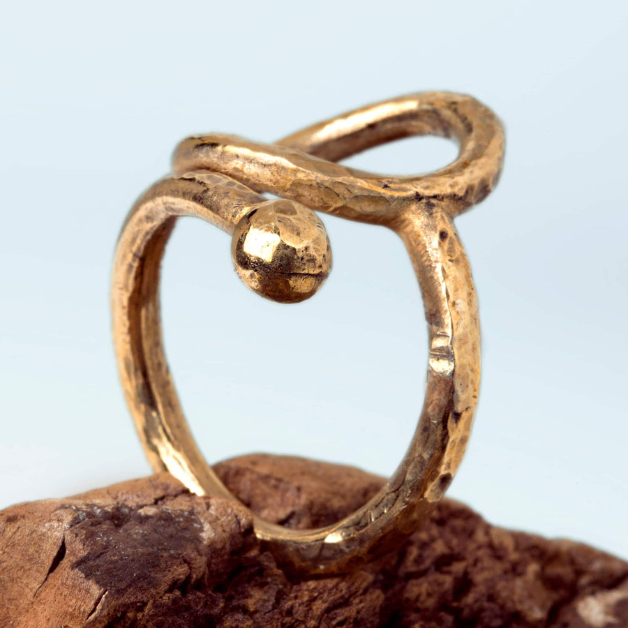 Spiral ring hammared bronze