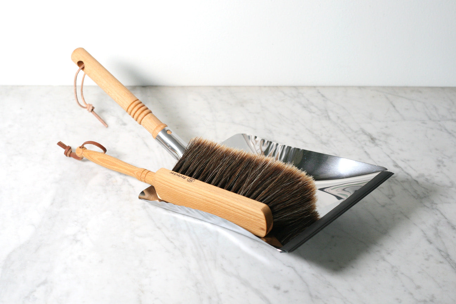 Burstenhaus Redecker Dustpan