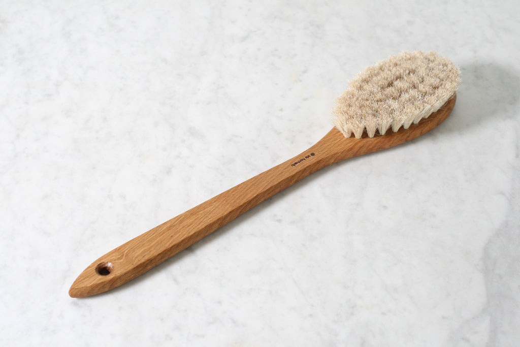Iris Hantverk Long Bath Brush
