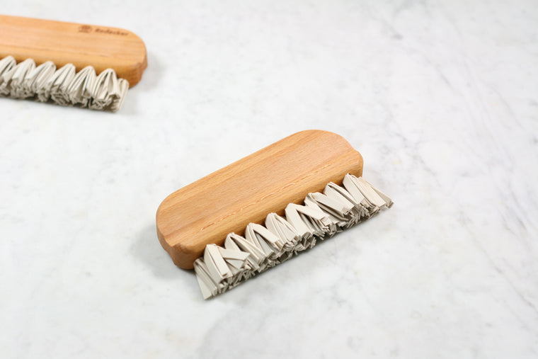 Natural Rubber Lint Brush