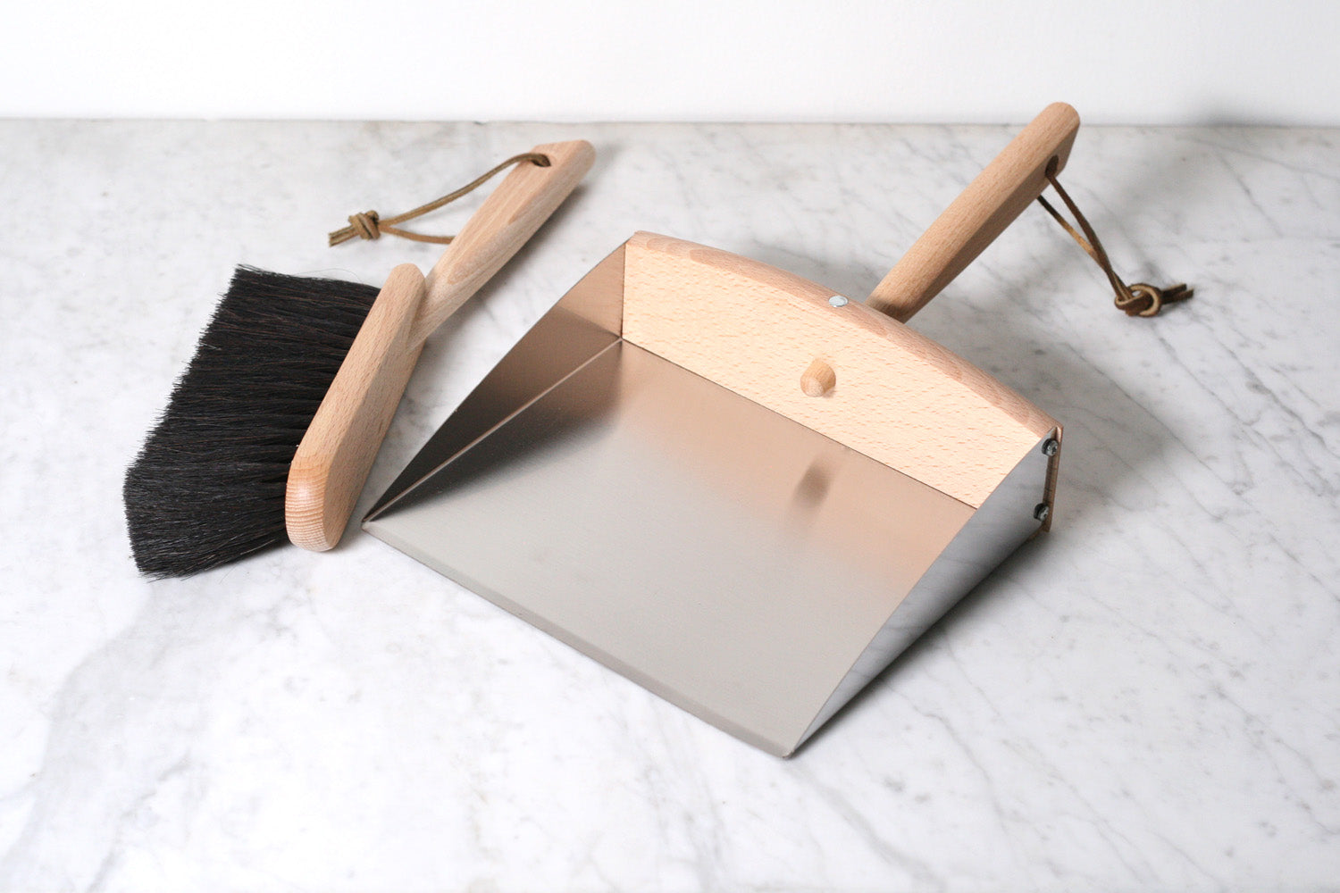 Burstenhaus Redecker Dustpan and Dust Brush with Magnet