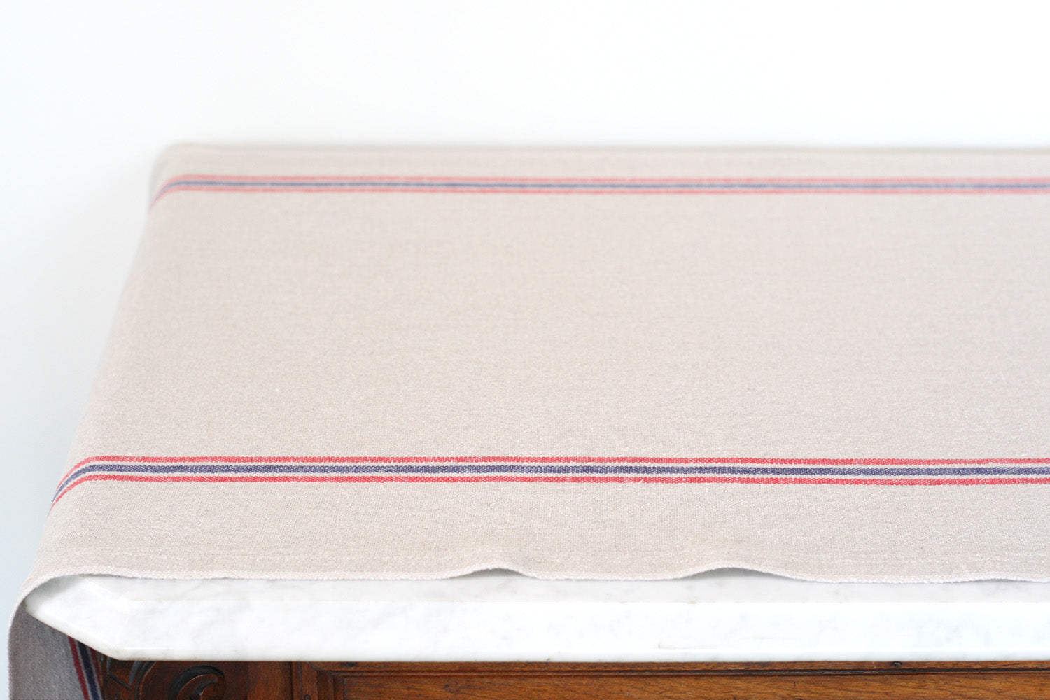 Linen 'Drapeau' Table Runner