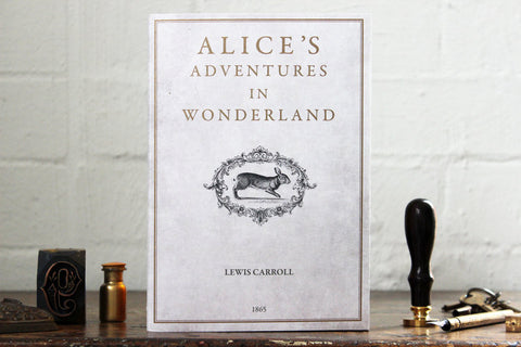 Slow Design Libri Muti Notebook - Alice's Adventures in Wonderland