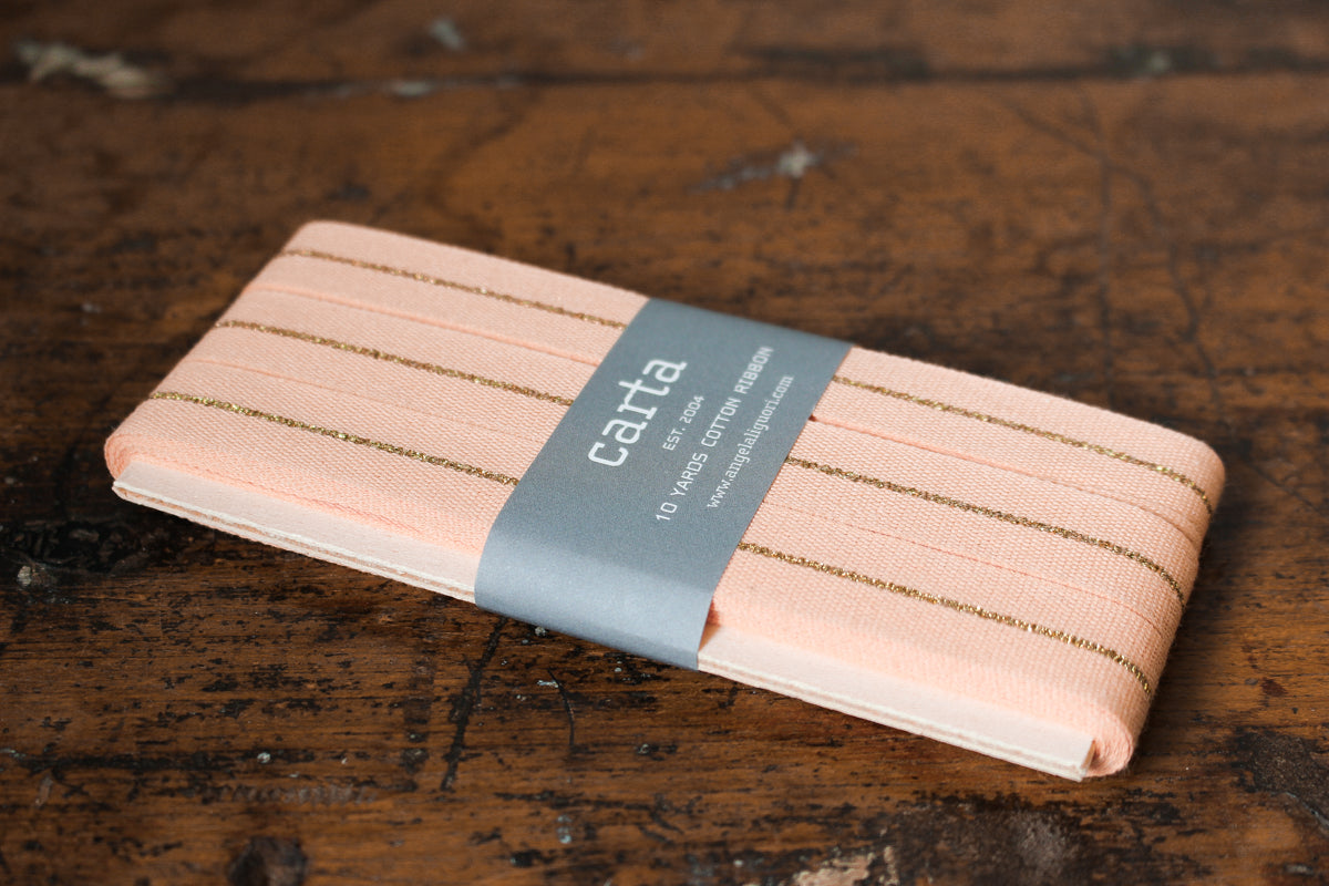 Studio Carta Metallic Line Ribbon Paddle - Peach/Gold