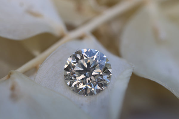 An F Colour, Internally Flawless, Excellent Cut, 2 Carat Lab-Grown Diamond