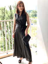 Load image into Gallery viewer, Mallow Sleeveless Black Jumpsuit