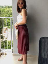 Load image into Gallery viewer, Eloise PU Pleated Skirt