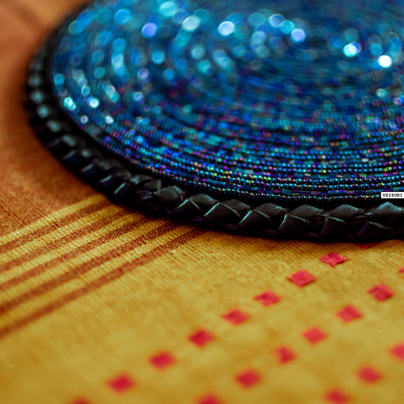table-placemat-flatlay-beaded