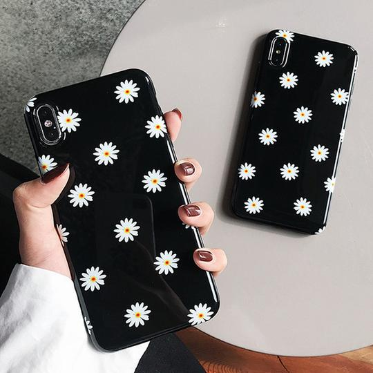 Retro Daisy Flowers Phone Case Back Cover for iPhone XS Max/XR/XS/X/8 Plus/8/7 Plus/7/6s Plus/6s/6 Plus/6 - halloladies