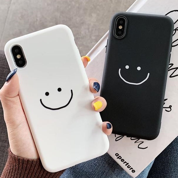 Solid Color Smile Face Soft Silicone Phone Case Back Cover for iPhone 12 Pro Max/12 Pro/12/12 Mini/SE/11 Pro Max/11 Pro/11/XS Max/XR/XS/X/8 Plus/8 - halloladies