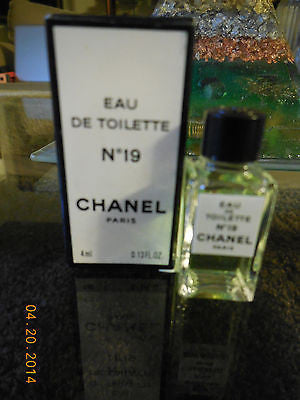 Chanel No.19 edt 4 ml /0.13 oz 90's vintage