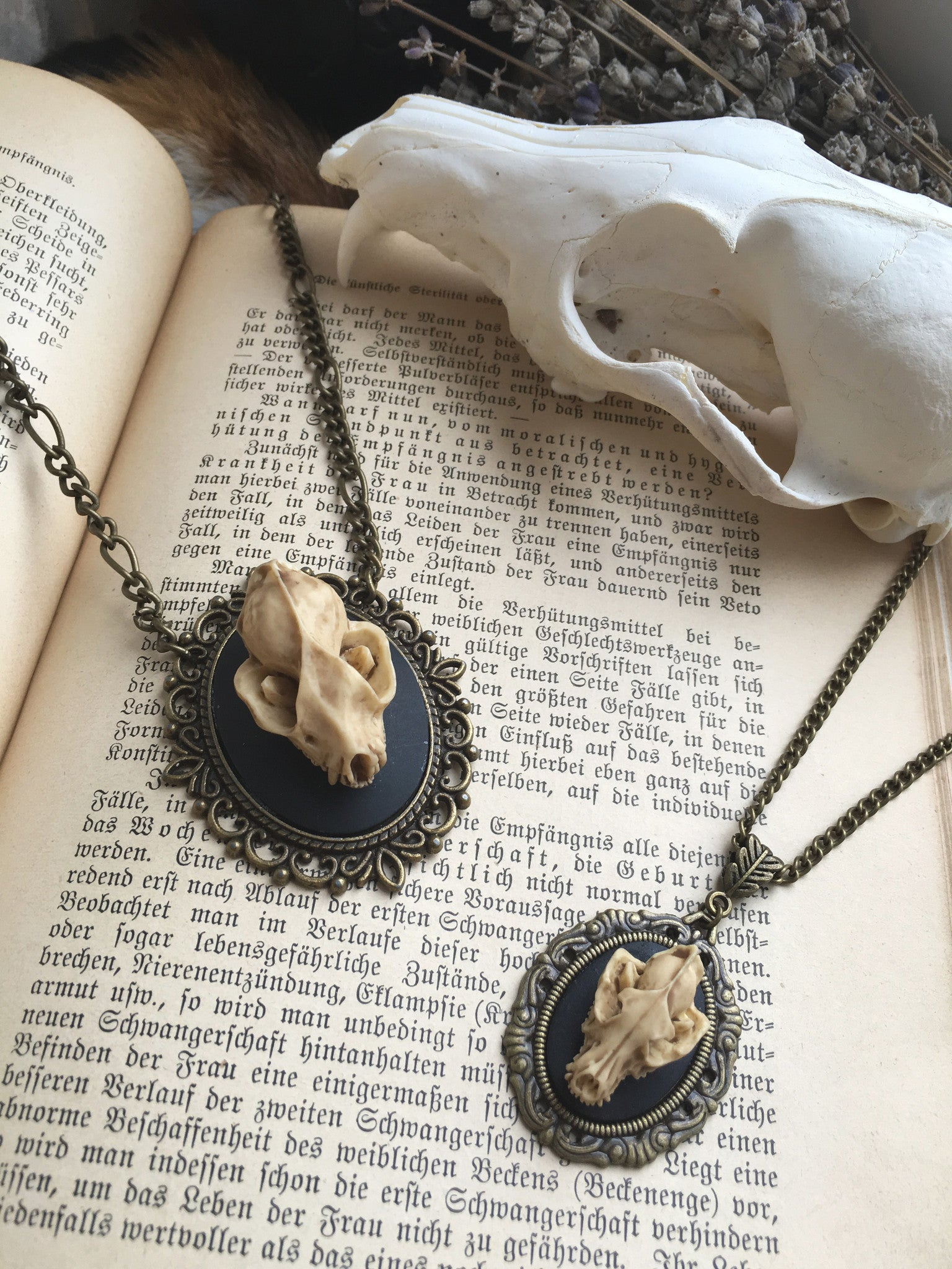 Replica Wolf Skull Necklace | Fux Jewellery