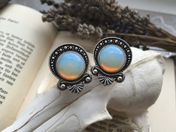 Silver Teardrop Moonstone Plugs #P09 - Fux Jewellery