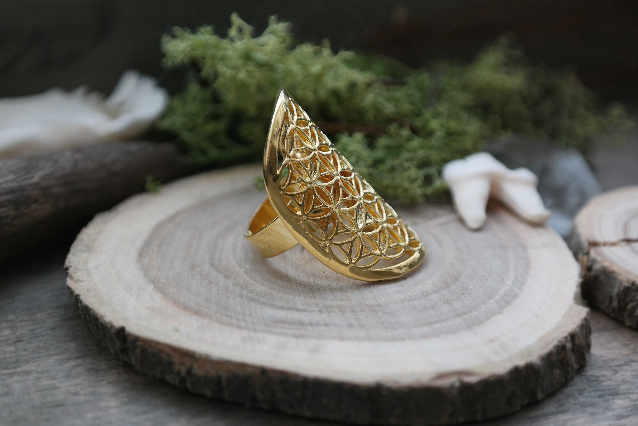 golden 'Flower of Life' Ring #700